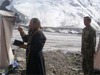 Клирик Алматинской епархии поднялся на пик Хан Тенгри