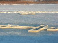 Власти Петропавловска оборудовали места для купания в праздник Крещения   Фото В.Лазаренко