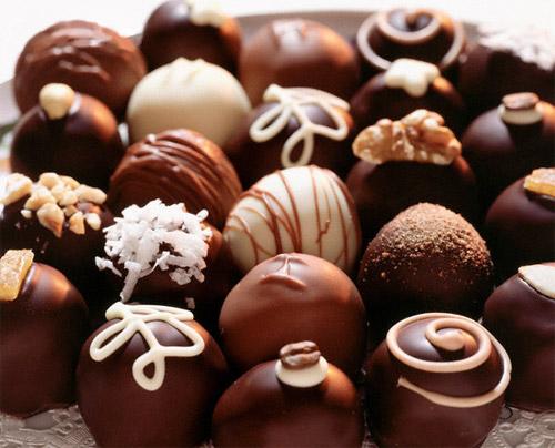Приготовление украшений из шоколадаа | Фото с сайта selfire.com