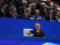 Назарбаев поручил проанализировать учебники истории Казахстана