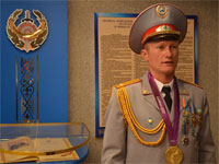 Олимпийский чемпион Александр Винокуров встретился с полицейскими Северного Казахстана
