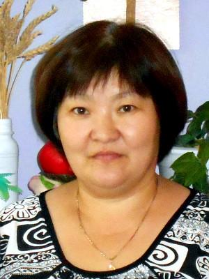 Казахстанская писательница представила книгу о модной кухне