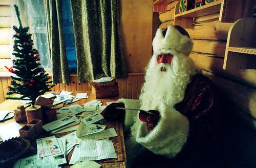 Почту в Алматы завалили письмами Деду Морозу   Фото с сайта liveinternet.ru