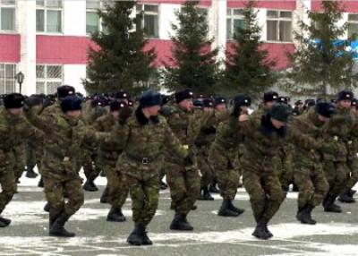 В Петропавловске курсанты встречали Наурыз с танцами
