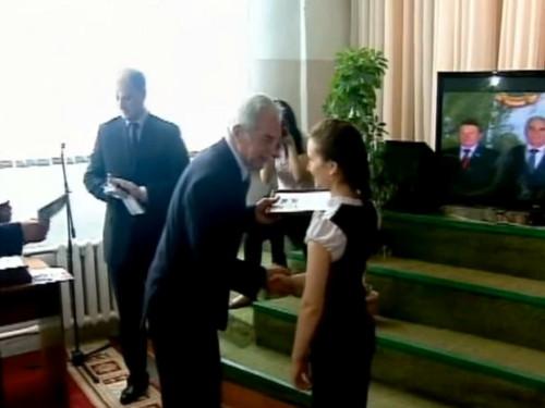 Космонавты Мусабаев и Викторенко посетили ПСЭК