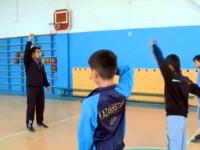 Учителям физкультуры в РК будут доплачивать за привлечение детей к спорту