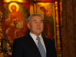 Глава государства Нурсултан Назарбаев поздравляет всех казахстанцев с наступающим праздником Пасхи
