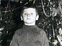 Из этого мальчугана мог получиться хороший космонавт (игумен Иов в детстве). Кадр из фильма киностудии Роскосмос.
