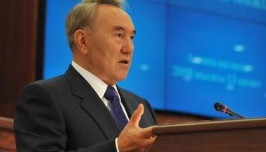 Дайте учителям учить, врачам — лечить, а не отчеты заполнять — Н.Назарбаев